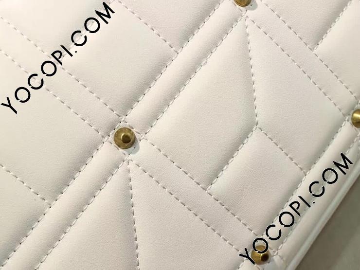 【443496 DRWAT 9022】 GUCCI グッチ GGマーモント バッグ コピー キルティング ミディアム レディース チェーンショルダーバッグ 2色可選択 ホワイト レザー